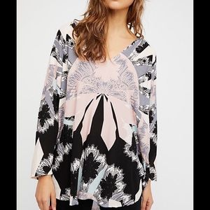 NWT Free People mixed feelings Tunic size XS